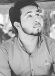 Adil, 18, Lahore
