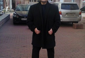 Alexander, 46 - Just Me