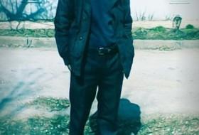 Diman, 30 - Just Me