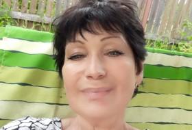 Lara, 52 - Just Me