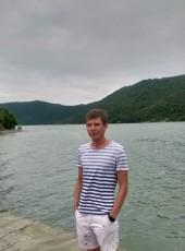 Anton, 28, Russia, Voronezh