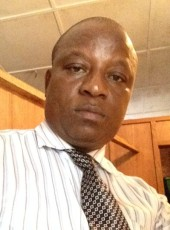 Shekvee , 44, Sierra Leone, Freetown