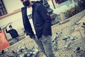 Volkan, 18 - Just Me