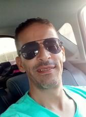 Habib, 44, Algeria, Algiers