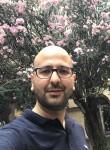 Hakan, 35  , Istanbul