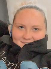 Nicole, 19, United States of America, O Fallon