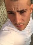 gennaro, 27  , Casoria