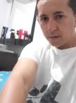 Lourivaldo , 33, Goiania