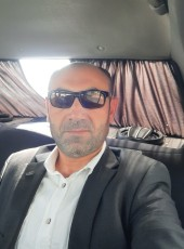 metin, 40, Azerbaijan, Sumqayit