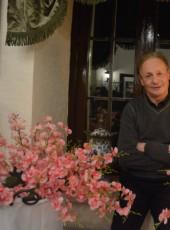 soroceanu, 60, Republic of Moldova, Chisinau