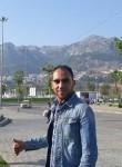 Ayoub, 23  , Casablanca