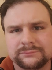Simon, 33, France, Guingamp