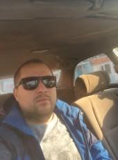 Oleg, 35, Russia, Taganrog