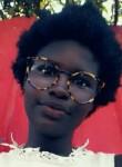 Euridce , 18  , Luanda