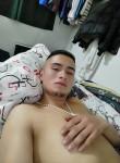 Santiago, 24  , Bogota