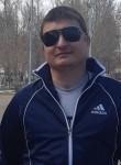 Vasiliy, 32  , Saratov