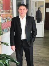 Valentin, 31, Russia, Ulyanovsk