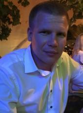 Aleksandr, 35, Russia, Simferopol