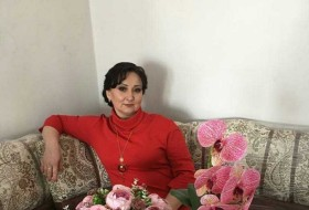 Alya, 46 - Just Me