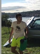 MARIO, 19, Spain, Santander