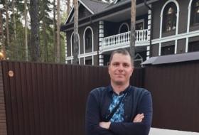 Vladimir , 42 - Just Me