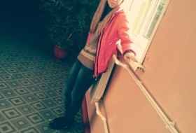 Nina, 22 - Just Me