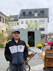 Denis, 40, France, Strasbourg