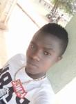 jean herbvet, 18, Yamoussoukro