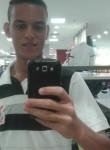 Felipe, 24  , Cabo