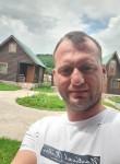 Miri, 18  , Podgorica