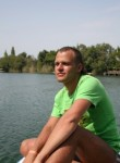 Vlad, 32, Moscow
