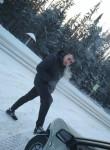 Makson , 25  , Novouralsk