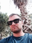 Alex, 34  , Xirivella