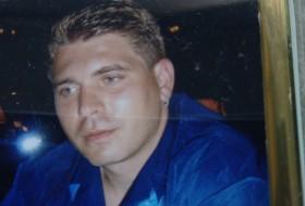 Alexander, 35 - Just Me