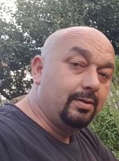 Niki, 40, Kosovo, Pristina