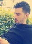 Endri, 31  , Tirana