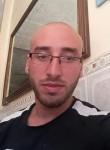 Bahas, 26  , Tizi Ouzou