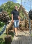 Adilson César, 35  , Florianopolis