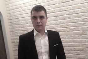 Yury, 37 - Just Me