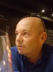 bastien, 51  , Brive-la-Gaillarde