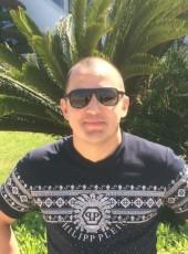 Roman, 35, Russia, Omsk
