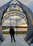 Viktor, 21, Omsk