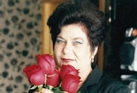 Elena, 67 - Just Me