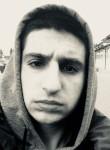 Vadim, 25  , Milano