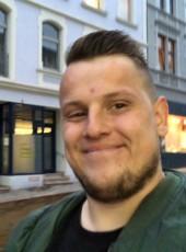 luca maassen, 21, Germany, Oberhausen