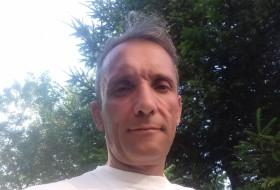 Roman, 51 - Just Me