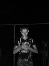 Aleksandr, 18, Russia, Donetsk
