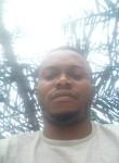 Zoa, 25  , Yaounde