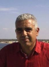 Charfeddine, 47, Tunisia, Tunis