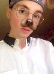 dylan, 18  , Birmingham